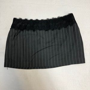 🌵Short short mini skirt striped black with lace L